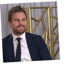 stephen amell suffers abrupt panic attack  interview