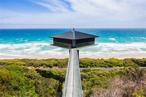 the ocean house the pole house holiday house fairhaven great ocean road accommodation