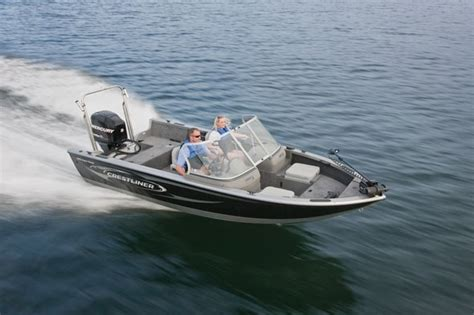 crestliner boats specifications research 2011 crestliner boats 1700 super hawk on