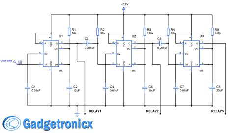 sequential timer circuit using ic 555 to switch relays