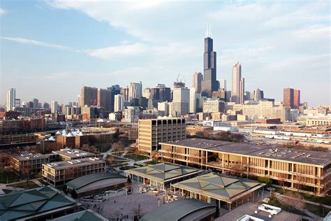 Uic Find Cus News Seeking Input On Chancellor Search Uic Today