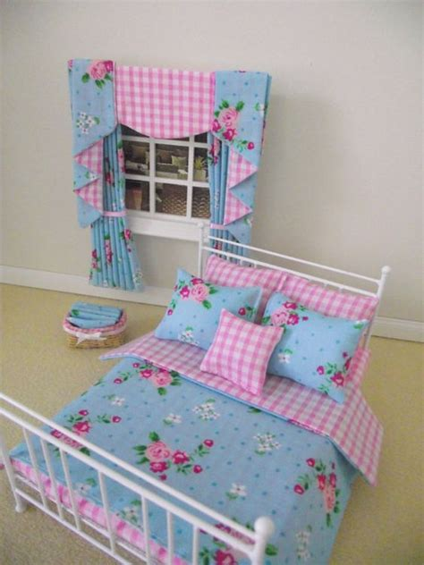 Handmade Dolls House Furniture - white bed beds and miniature dolls on