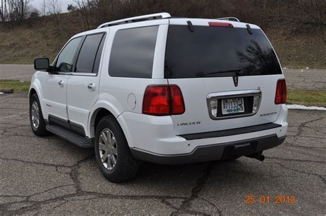 how to sell used cars 2004 lincoln navigator lane departure warning lincoln navigator 689px image 9
