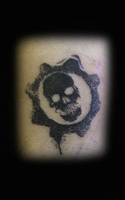gears of war tattoos pin tatuagens de gears of war tattoos 31jpg on