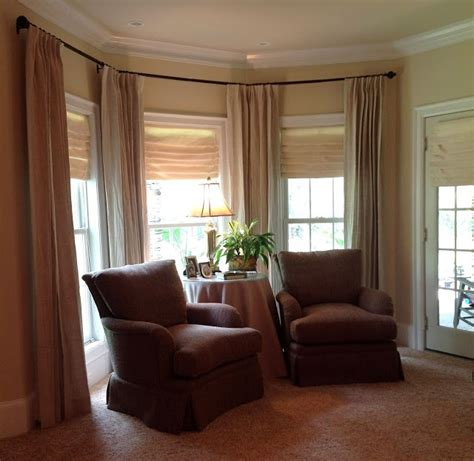 bedroom bay window curtains 21 best images about master bedroom on pinterest bay
