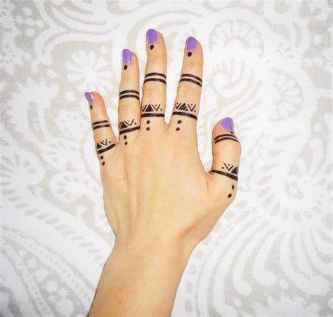 finger tattoo designs tumblr henna on fingers makedes