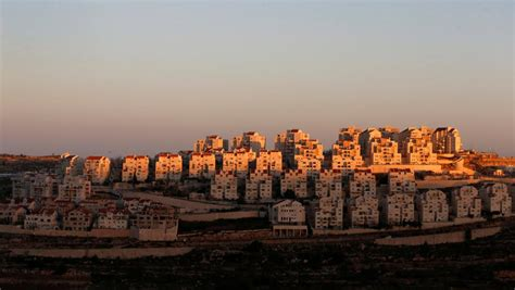 banche francesi israele francia ong francese denuncia la relazione