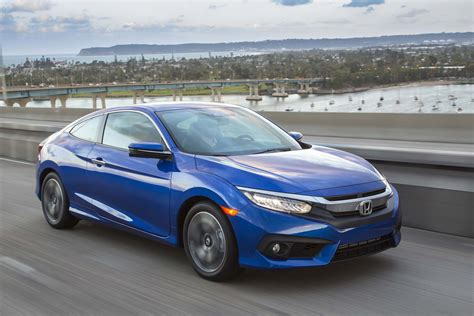 Honda Or Toyota 2017 Honda Civic Vs 2017 Toyota Corolla Compare Cars