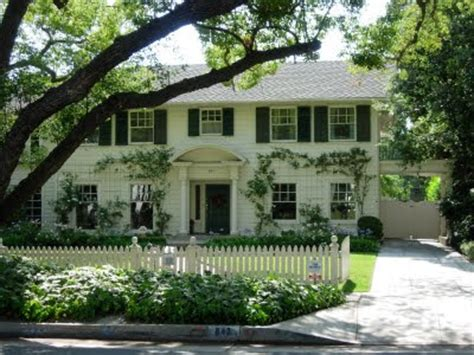 for sale father of the bride movie house and an historic oh to live in a nancy meyers movie