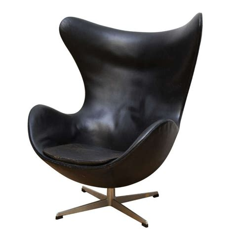 vintage egg chair in original black leather by arne jacobsen