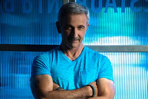 aaron tippin 2015 aaron tippin quot aaron tippin 25 quot tracklist cover art