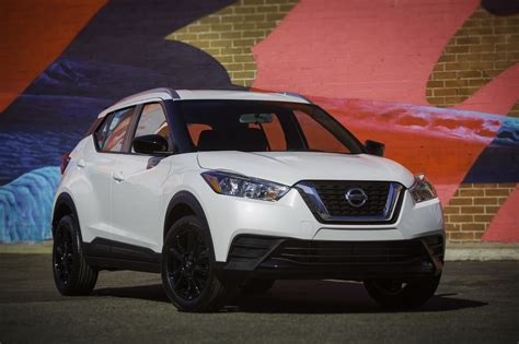 nissan range nissan kicks juke out of the range at the la auto show