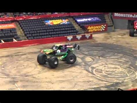 monster truck show grand rapids grave digger doing donuts at the thundernationals monster