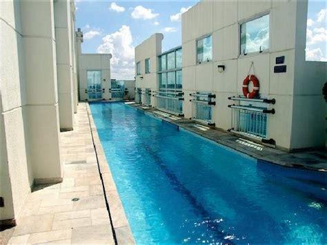 comfort suites oscar freire roof top pool comfort suites oscar freire foto de