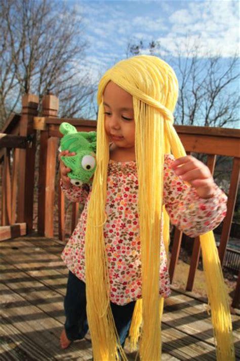 rapunzel tutorial wig tutorial to make rapunzel hair yarn crochet wigs pinterest