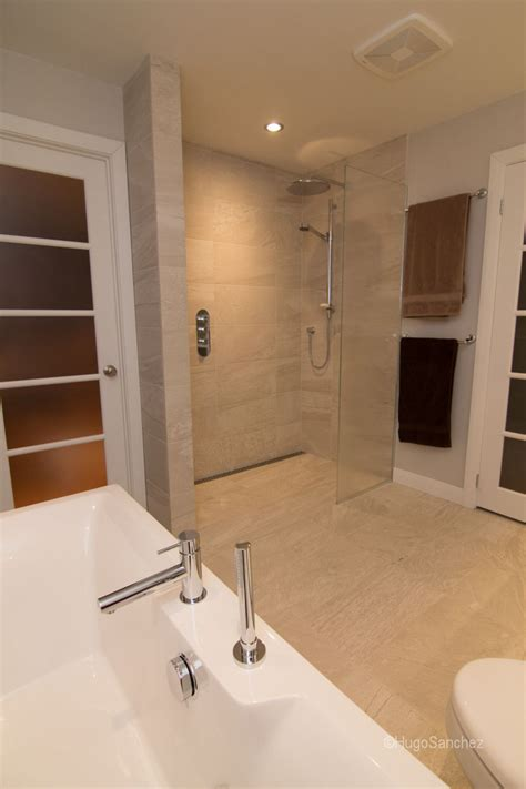 bathroom showers designs curbless shower designs c 233 ramiques hugo sanchez inc