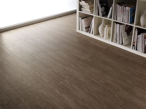 pavimenti in linoleum costi gres porcellanato effetto parquet pavimentazioni gres