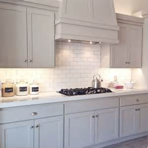 Best Benjamin Moore White For Kitchen Cabinets by 25 Best Ideas About Revere Pewter Kitchen On Pinterest