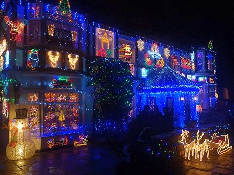 house decorated with christmas lights 169 robin drayton