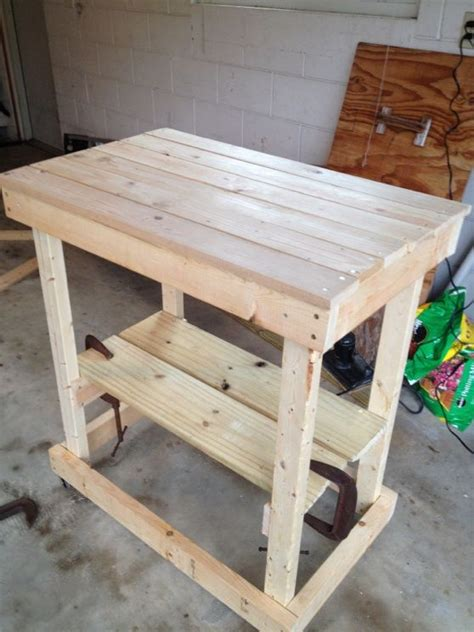 Diy Grill Table by How To Build A Weber Grill Table Woodworking Projects