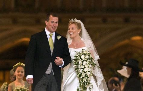 peter phillips to autumn kelly at st georges chapel in windsor royal wedding peter phillips weds autumn kelly wedding