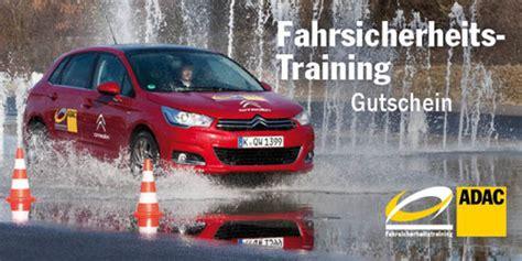Sicherheitstraining Auto by Adac Trainiert F 252 Hrerscheinneulinge Auto Medienportal Net