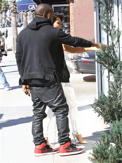Jogger Lite Boost Ii Retro peep his style kanye west wears air 1s an 800