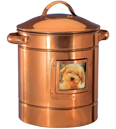treat container treat container in pet food storage