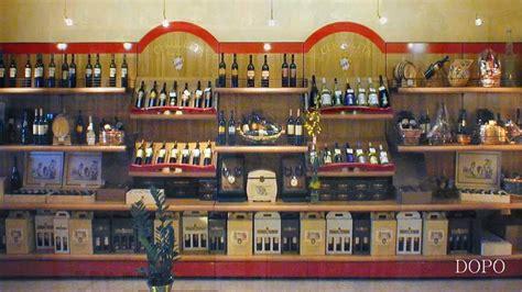 produzione arredamenti per negozi arredamento negozio vini enoteca prodotti tipici ekip