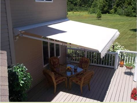 Marygrove Awning by Marygrove Retractable Awning Http Awningsim Marygrove
