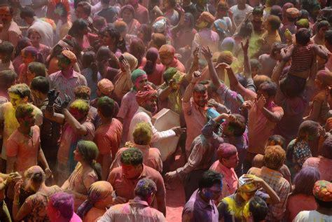 celebrate color celebrating holi festival of colors in india