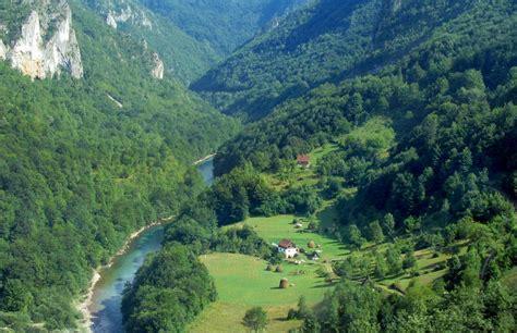 imagenes de valles naturales los espacios naturales m 225 s bellos de europa