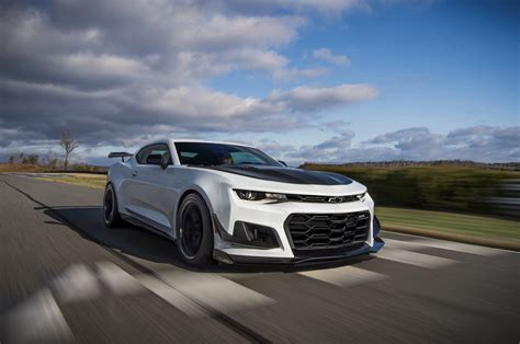 chevy camaro 2018 chevrolet camaro zl1 1le gm authority