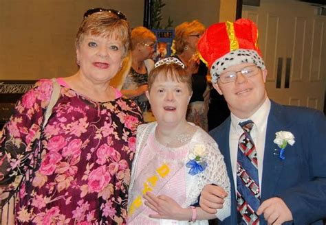 best prom king and queen songs 2014 villages day break club crowns king and queen at first