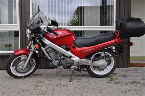 honda ntv honda ntv 650 revere 1992 fotos y especificaciones