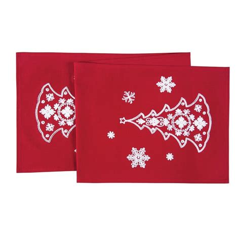 red christmas runner red nordic holiday chain stitch christmas runner 14