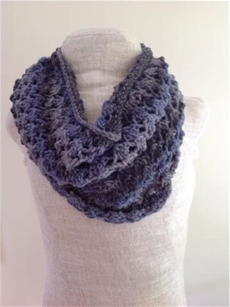 knit lace cowl pattern lacy cowl knitting pattern allfreeknitting