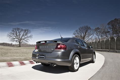 2012 dodge avenger r t ready for nyias autoevolution