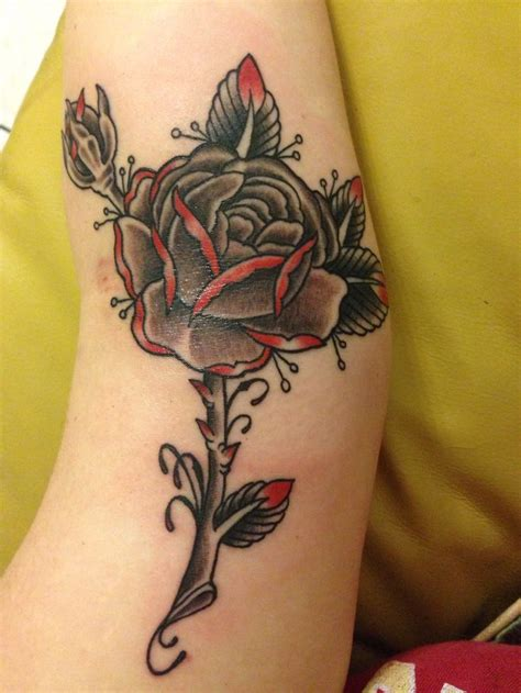 dark red rose tattoo black grey with done at kreepy tiki