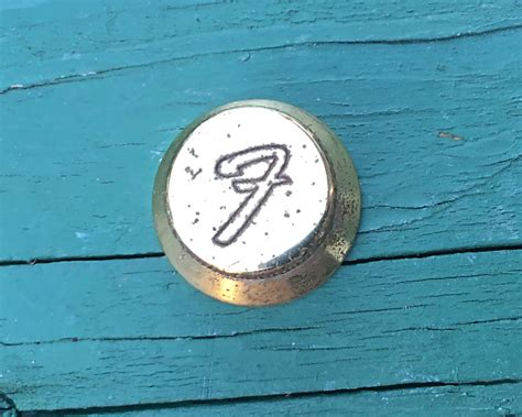 Fender Knob The by Fender Usa Stratocaster Quot The Strat Quot Gold Knobs Reverb