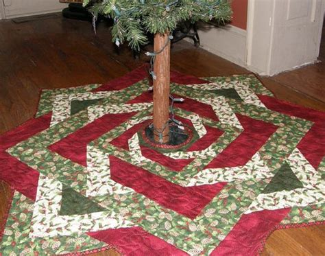 pattern quilted tree skirt christmas quilted tree skirt red green quilt holly leaves