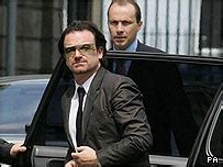 Bono Testifies Against Former Stylist by News Entertainment U2 Win Memorabilia Court Battle