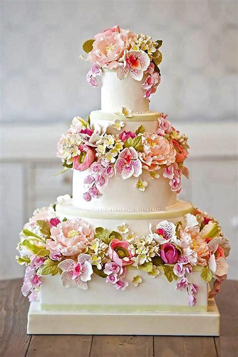 24 Outstanding Fondant Flower Wedding Cakes   A Lovely