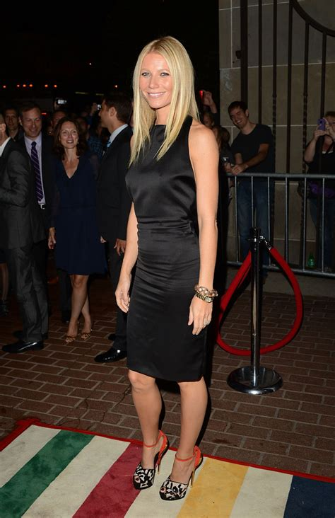 gwyneth paltrow  black dress gwyneth paltrow
