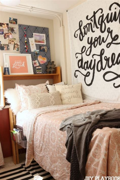 dorm comforter best 25 college comforter ideas on pinterest dorm