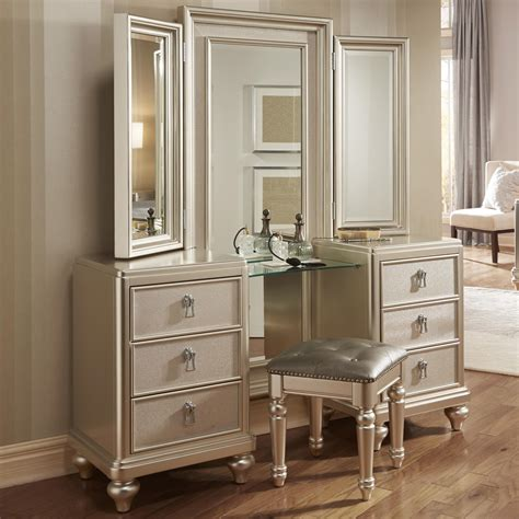 bedroom set with vanity dresser samuel lawrence diva vanity dresser w stool miskelly