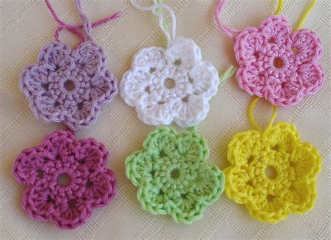 flower pattern of crochet is it a toy crochet doodle flowers free pattern