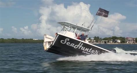 watch this seahunter boat run perfectly after being - Seahunter Half Boat
