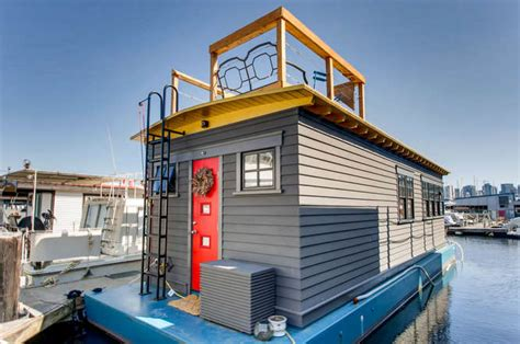 boat slip rental seattle wa seattle houseboat totes m boats 419 000 lake union living