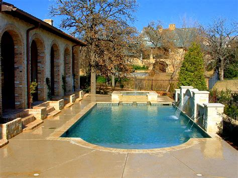 Images Of Backyards With Pools by Backyard Pool Ideas For A Better Relaxing Station To Try